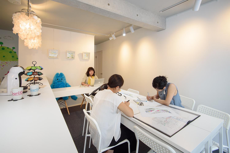 名古屋市千種区本山のレンタルギャラリーとデザインスクールグラフィッコ